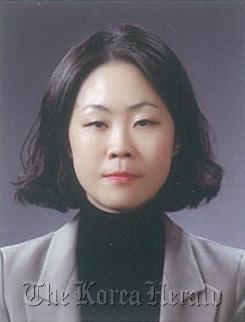 Yoon Kyung-sook