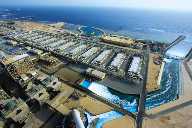 desalination plants To adapt our desalination plants to your local needs, we offer containerized mobile units from intake to distribution up to a production capacity of 200 m3/h of desalinated water all type of water can be produced from a desalination plant.