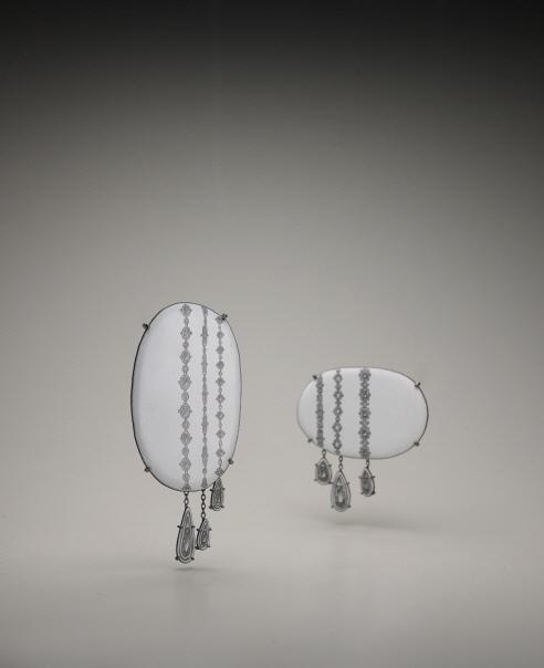 Contemporary art jewellery essay