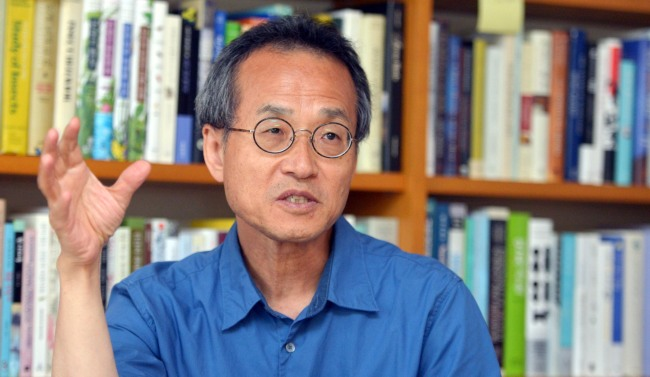Choe Jae-chun, professor of Eco Science at Ewha Womans University. (Kim Myung-sub/The Korea Herald)