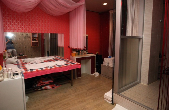 This massage parlor doubles as a brothel in Cheonan, South Chungcheong Province. ( Korea Herald file photo)