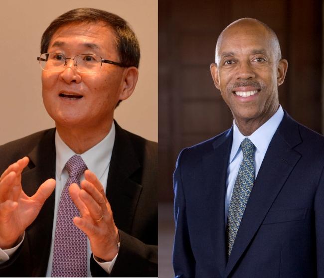 Kang Sung-mo, president of KAIST (left) and Michael Drake, chancellor of University of California, Irvine