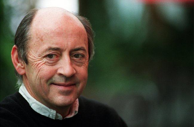 billy collins a great american poet essay Billy collins, continued let's tie  read here first billy collins great poet yet, despite this opinion,  he also signed my best american poetry.