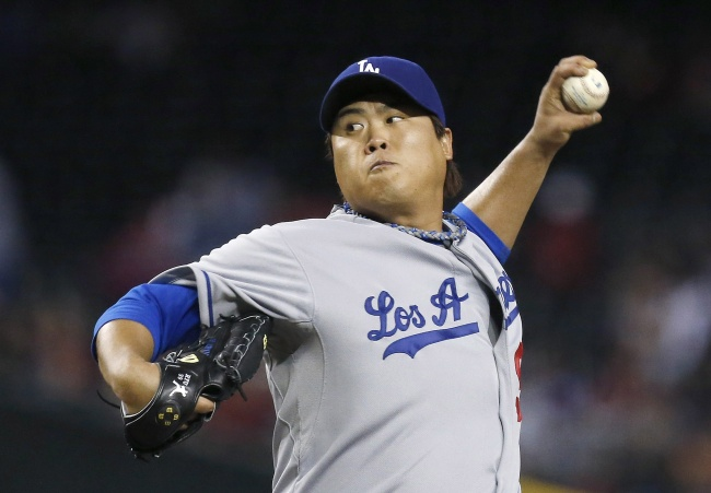 Los Angeles Dodgers pitcher Ryu Hyun-jin will receive serious consideration for the Rookie of the Year award.(AP-Yonhap News)
