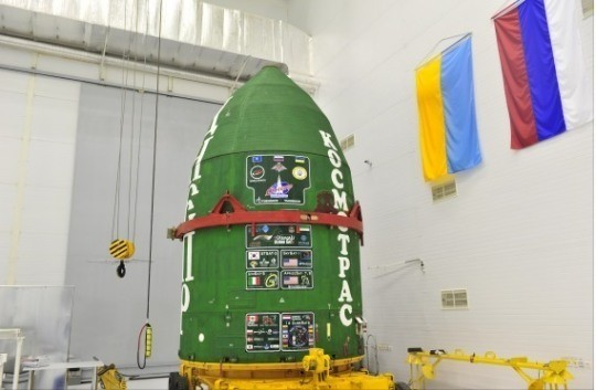 South Korea's STSAT-3 satellite is placed on Russia's Dnepr launch vehicle at Yasny base in southern Russia on Thursday.  (Ministry of Science, ICT and Future Planning)
