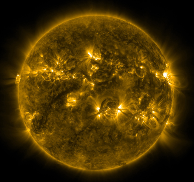 An image of the Sun taken recently by the Solar Dynamics Observatory's Atmospheric Imaging Assembly (UPI-Yonhap News)