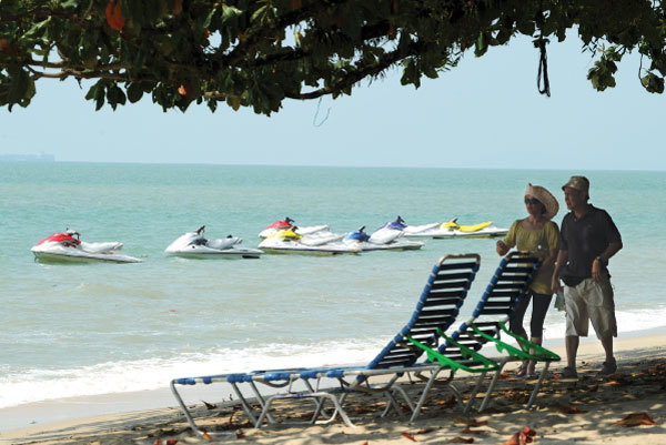 Foreigners who retire in Penang, Malaysia, can enjoy a high standard of living for a much lower cost than in their own countries. (AFP)