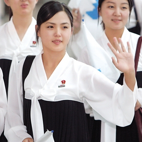 A woman presumed to be Ri Sol-ju is pictured in this file photo. (Yonhap News)