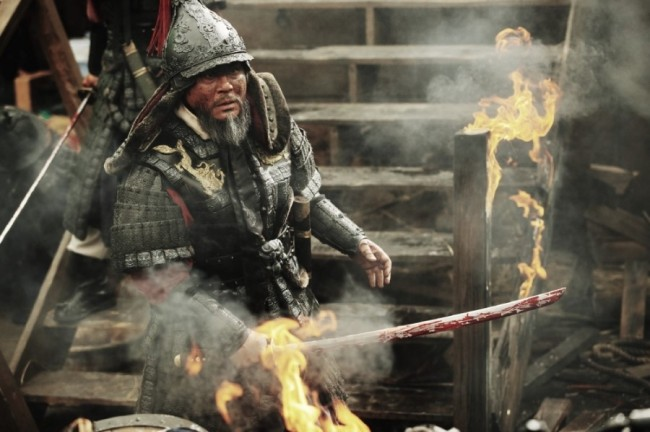 """A scene from the upcoming period drama """"Battle of Myeongryang."""" (Lotte Entertainment)"""
