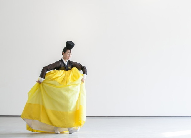 """A promotional image for the National Dance Company of Korea's performance of """"The Scent of Ink."""" (National Theater of Korea)"""