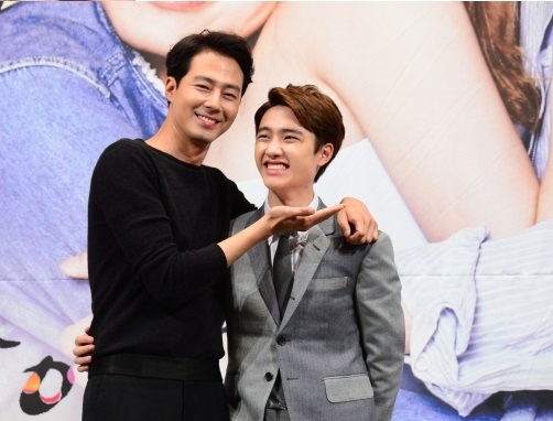 """Actor Jo In-sung and singer-actor D.O. of EXO attend the press conference for SBS' new rom-com series """"It's Okay, That's Love"""" in Seoul, July 15. (SBS)"""