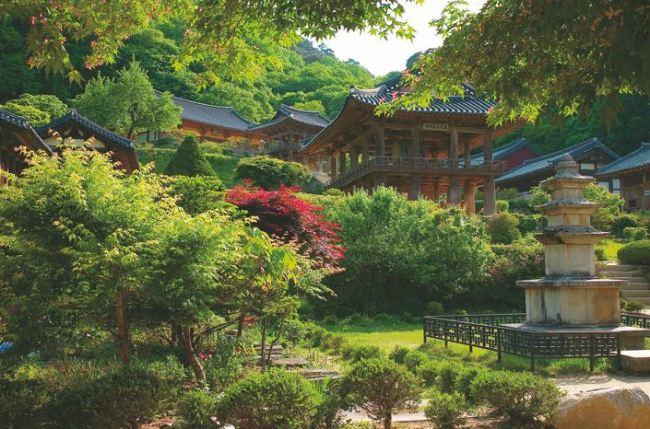 Buseoksa Temple (Jogye Order of Korean Buddhism Headquarters)