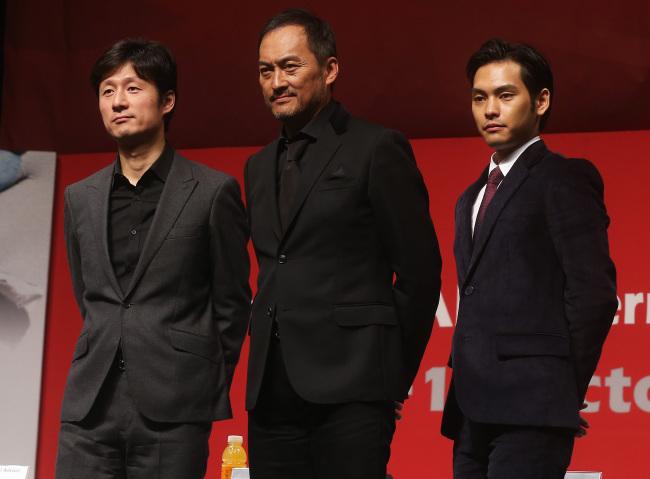 Ken Watanabe (center). (Yonhap)
