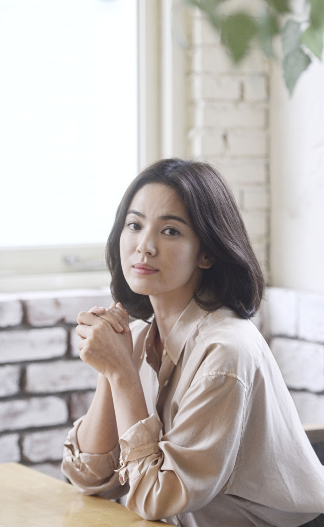 Actress Song Hye-kyo poses for a photo during an interview with The Korea Herald in Samcheong-dong, Seoul, Monday. (Park Hae-mook/The Korea Herald)