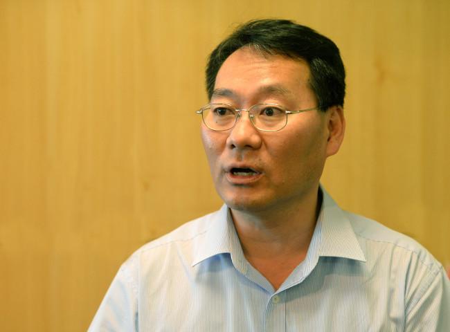 Jun Sung-in, professor of Hongik University (Lee Gil-dong/The Korea Herald)