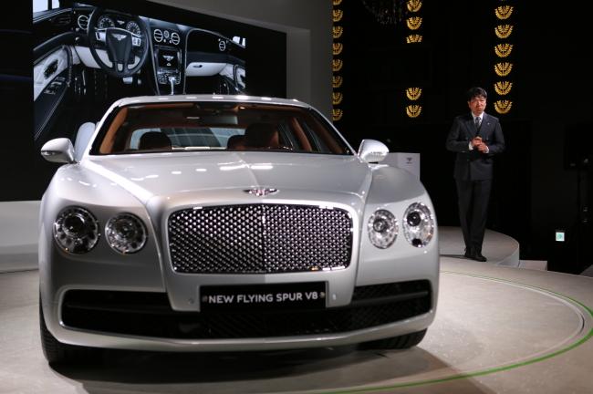 Flying Spur V8. (Bentley Korea)