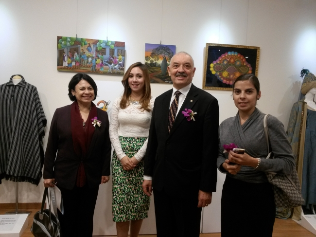 """Paraguayan Ambassador Ceferino Valdez (second from right) poses for a photo with Abigail Alderete, well-known for her appearances on the KBS program """"Global Talk Show,"""" during the opening reception of a special exhibition at the Multiculture Museum in Seoul on Tuesday. (Philip Iglauer/The Korea Herald)"""