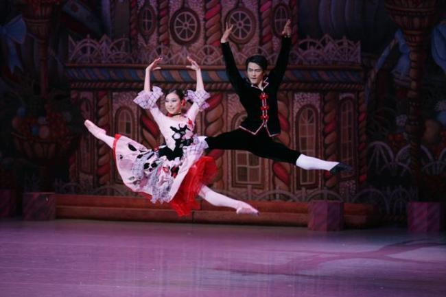 "The Universal Ballet Korea's rendition of ""The Nutcracker"" (Universal Ballet Korea)"