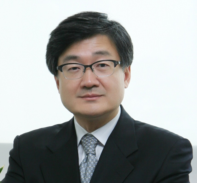 Park No-hyoung, professor at Korea University's School of Law