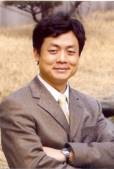 Dr. Wang Yiwei is a professor at the School of International Studies and director of the Institute of International Affairs, Renmin University of China. (Fudan University)