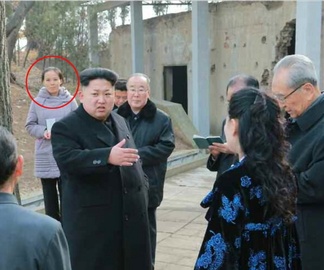 North Korean leader Kim Jong-un, accompanied by his sister Kim Yo-jong (in a circle behind the leader), visits an anti-U.S. museum in South Hwanghae Province, the Rodong Sinmun, the daily of the North's ruling Workers' Party, reported on Tuesday. (Yonhap)