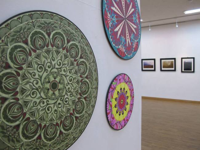 Mandala paintings by Rika Scholtz will be on display at Gallery D.A.C. until Sunday. (Alla Ponomareva)