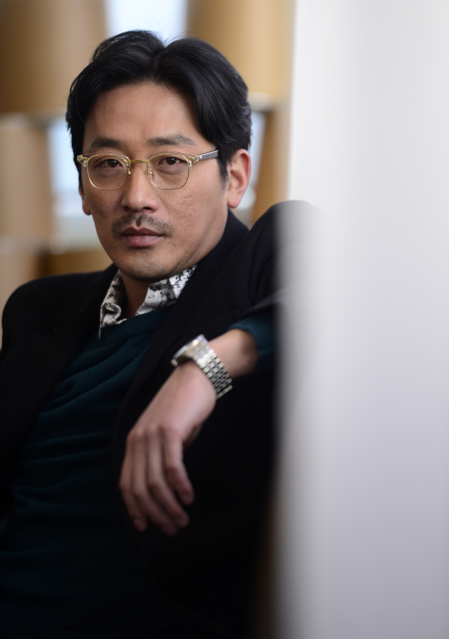 Actor-director Ha Jung-woo poses before an interview with The Korea Herald in Samcheong-dong, Seoul, Tuesday. (Park Hae-mook/The Korea Herald)