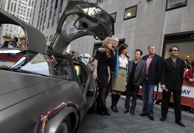 """Cast members of the """"Back to the Future"""" movies appear on the NBC """"Today"""" television program. (AP-Yonhap)"""