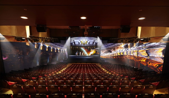 The interior of SMTOWN@coexartium's hologram theater. (SM Entertainment)