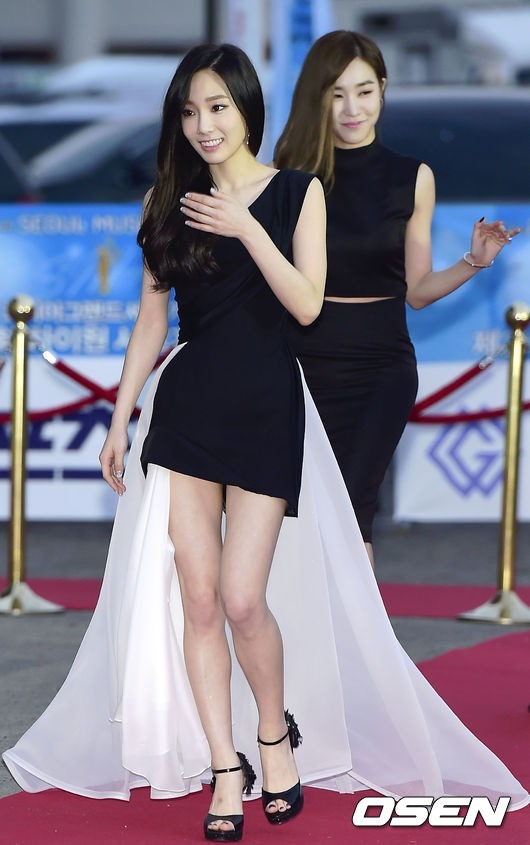 TaeTiSeo's Taeyeon (front) and Tiffany (OSEN)