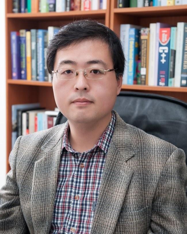 Professor Jo Tae-ho
