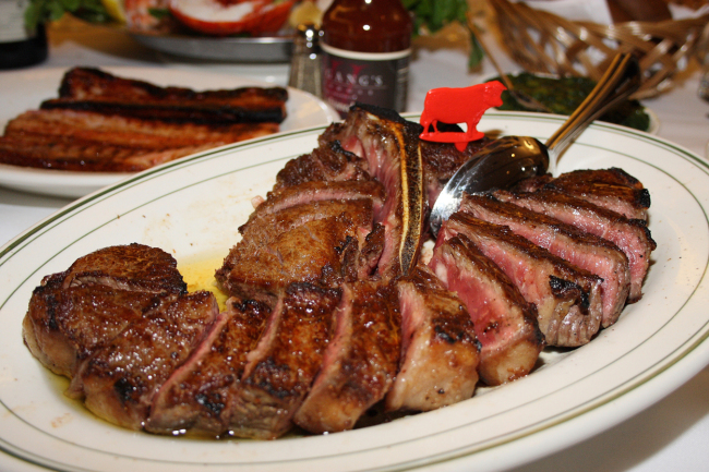 Wolfgang's Steakhouse's dry-aged, USDA Prime porterhouse steak. (Wolfgang's Steakhouse Korea)