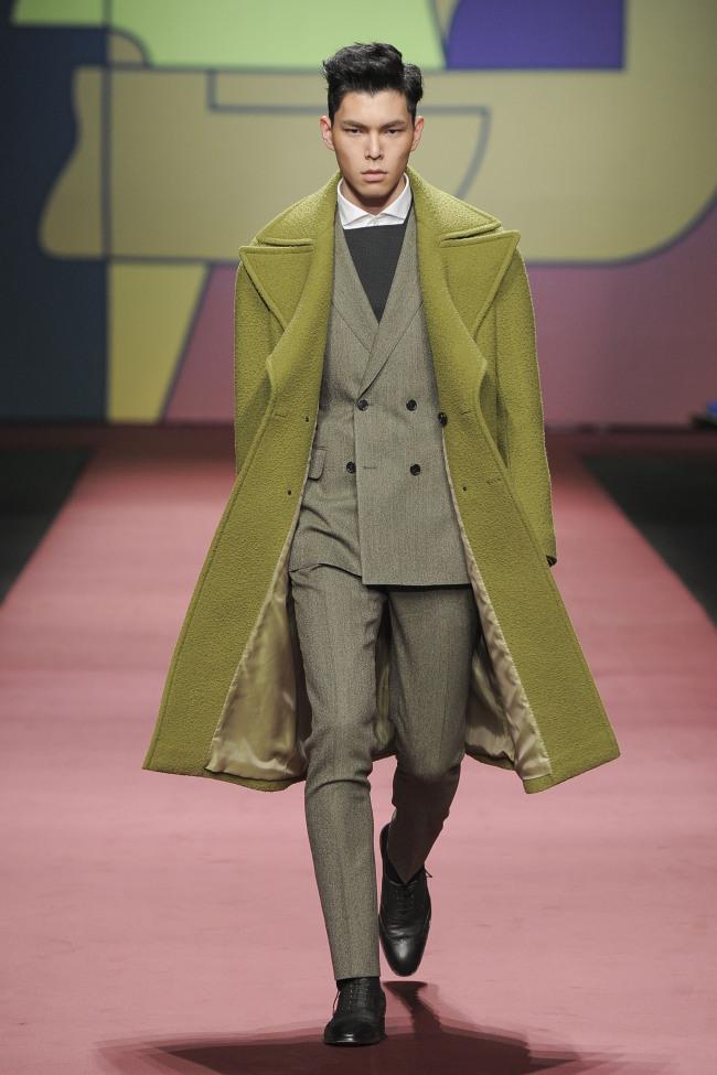 Vanhart di Albazar (Seoul Fashion Week)