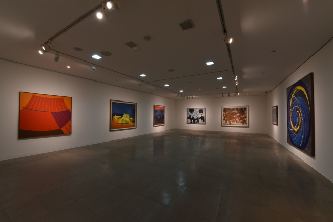 Exhibition view of the Korean abstract painting exhibition that marks the 45th annniversary of Gallery Hyundai. (Gallery Hyundai)