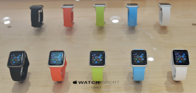 The new Apple Watch is on display at a store in Tokyo, Japan, Friday. (UPI-Yonhap)