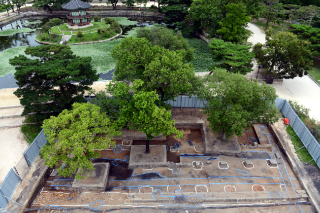 The excavation site in Gyeongbokgung Palace where the site of Korea's first electricity generation plant was discovered. (Yonhap)