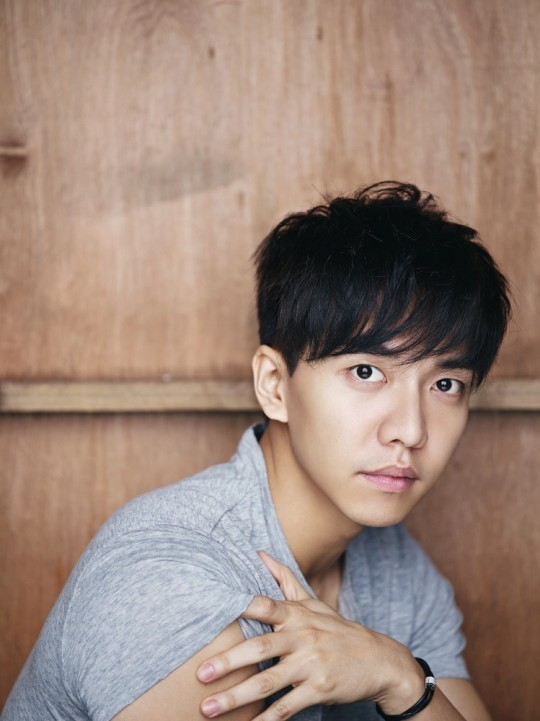 Lee Seung-gi. (Hook Entertainment)