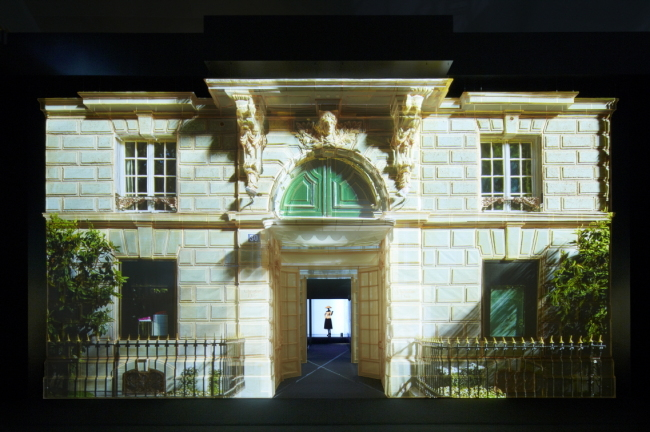 A canvas recreation of the Avenue Montaigne Dior house in Paris, by Korean artist Suh Do-ho (Dior-Edelman Korea)