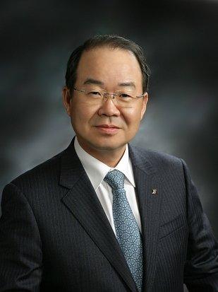 Jung Sung-leep.