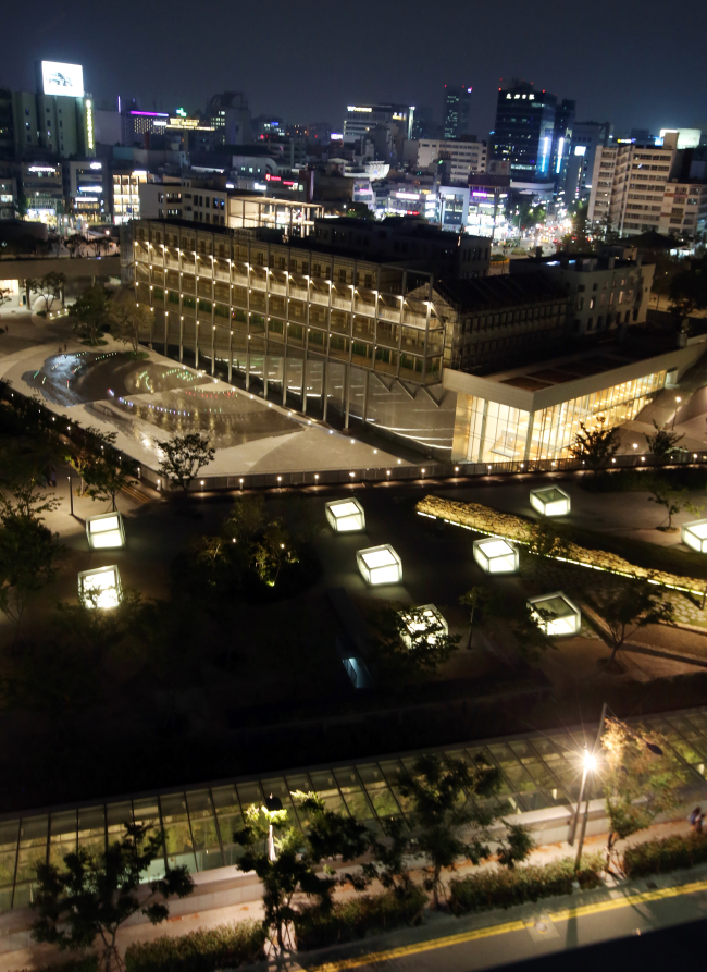 A nighttime view of the Asia Culture Center in Gwangju, which is slated for partial opening this week. (Yonhap)