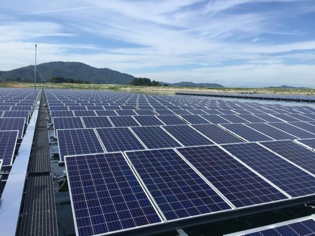LG CNS's floating solar power plant on Otae Reservoir in Sangju, North Gyeongsang Province. (LG CNS)