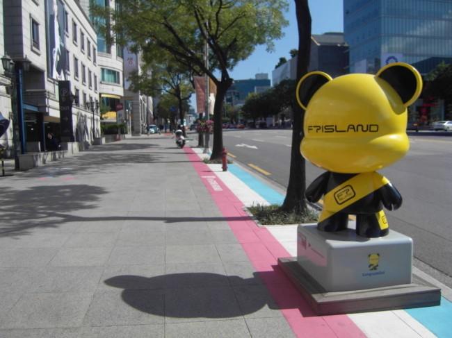 GangnamDol art dolls designed based on K-pop stars on K Star Road (Park Hyong-ki/The Korea Herald)