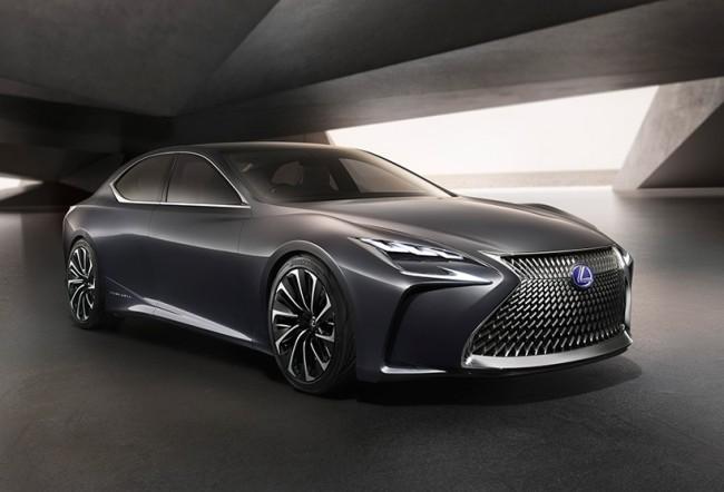 Lexus's fuel cell luxury saloon LF-FC