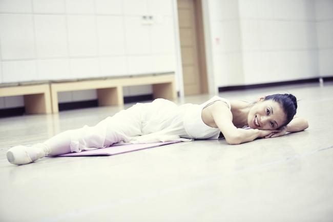 Ballerina Kang Sue-jin (Credia)