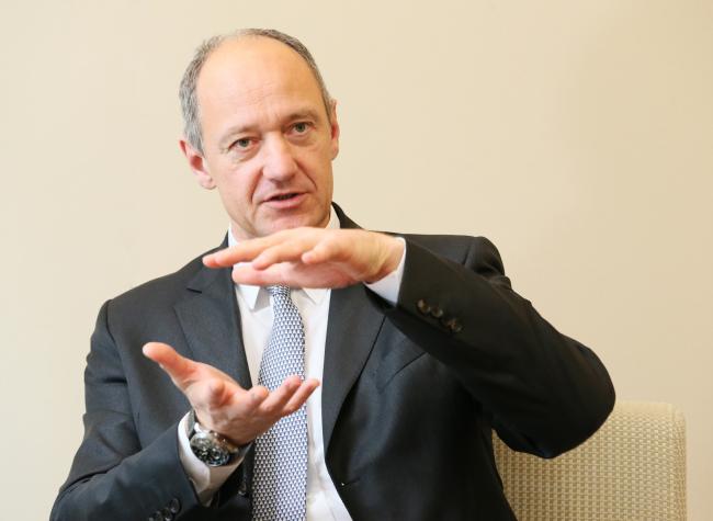 Roland Busch, a member of the managing board of Siemens (Siemens Korea)