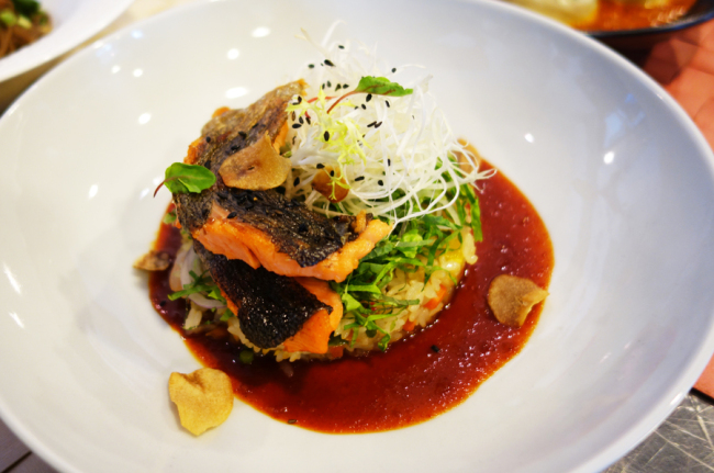 Rice topped with trout, rich in Omega 3 and DHA (Rumy Doo/The Korea Herald)