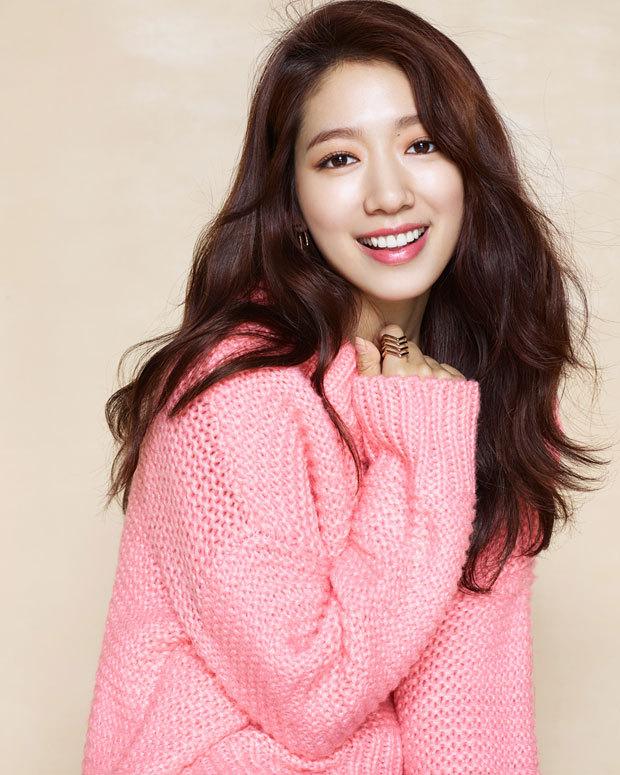 Actress Park Shin-hye (S.A.L.T. Entertainment)
