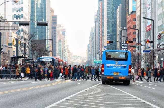The main Gangnam station road in Seoul. (123rf.com)