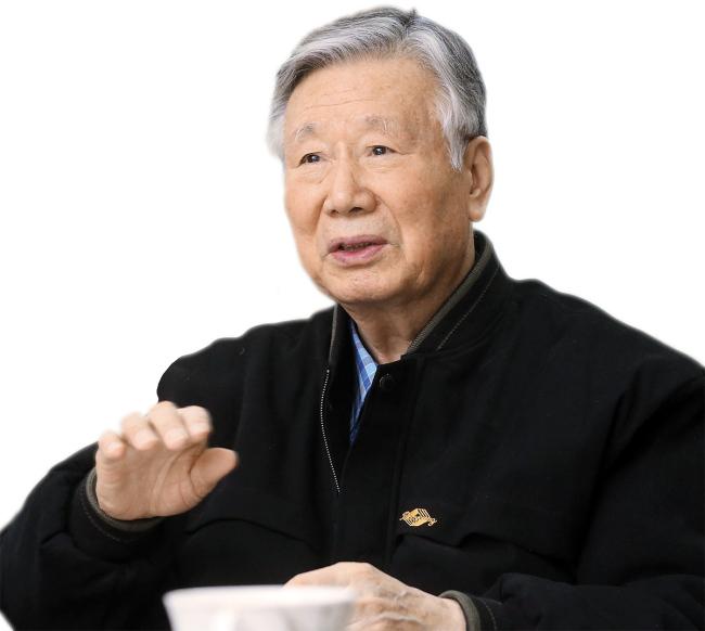 Booyoung Chairman Lee Joong-keun