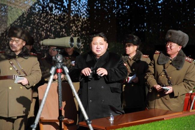 North Korea leader Kim Jong-un attends a recent artillery fire contest. (Yonhap)